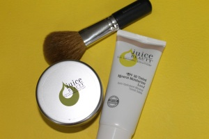 Juice Beauty Tinted Moisturizer. Refining Powder, Bare Minerals Flawless Face Brush by www.somethingtoconsiderblog.com
