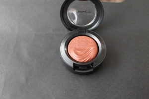 MAC Amorous Alloy eyeshadow. Photo by www.somethingtoconsiderblog.com